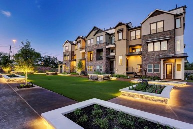 2639 Boulevard Fountain Key Houston Texas 77008 for only  $515000 with 3.2 baths / 3 bedrooms - Townhouse/Condo