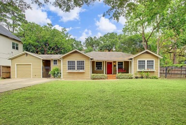 2017 Street 14th Houston Texas 77008 for only  $550000.00 with 2.00 baths / 3 bedrooms - Single-Family