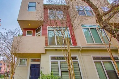 1000 Street Yale Houston Texas 77008 for only  $429900 with 3.1 baths / 3 bedrooms - Townhouse/Condo