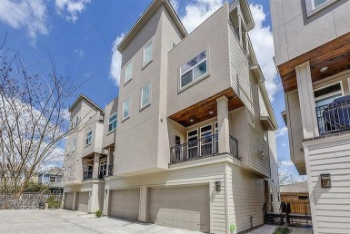 1325 Street 24th Houston Texas 77008 for only  $449000 with 3.1 baths / 3 bedrooms - Townhouse/Condo