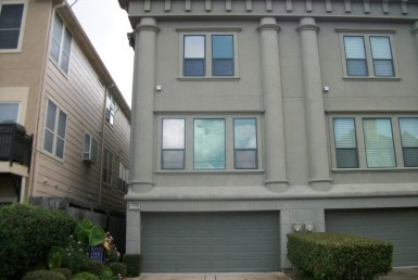 2103 Street Hazard Houston Texas 77019 for only  $534900 with 3.1 baths / 3 bedrooms - Townhouse/Condo