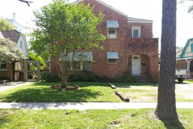 1623 Street Bonnie Brae Houston Texas 77006 for only  $630000 with 2 baths / 2 bedrooms - Multi-Family