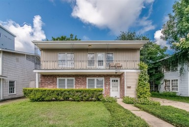2800 Drive Greenbriar Houston Texas 77098 for only  $649000 with 1 baths / 2 bedrooms - Multi-Family