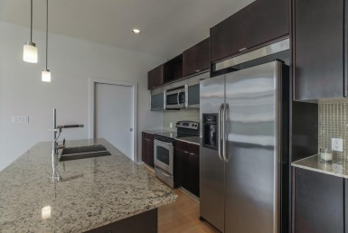 1406 Street Columbus Houston Texas 77019 for only  $191000 with 1 baths / 1 bedrooms - Townhouse/Condo
