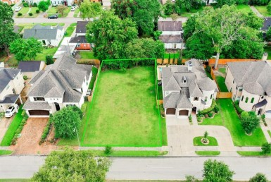 3322 Boulevard Southmore Houston Texas 77004 for only  $195000 with 0 baths /  bedrooms - Lots