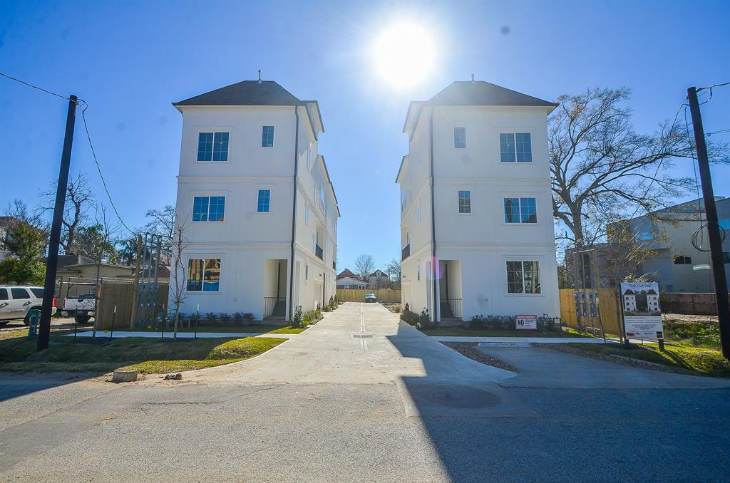 1222 Street 24th Houston Texas 77008 for only  $350000 with 0 baths /  bedrooms - Lots
