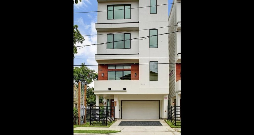 Houston Heights Home of The Day 3bed/3bath $385000.00 built 2007