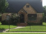 5209 Boulevard Irvington Houston Texas 77009 for only  $325000.00 with 2.00 baths / 2 bedrooms - Single-Family