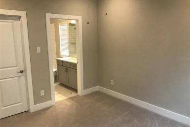 418 Street 28th Houston Texas 77008 for only  $391990.00 with 3.10 baths / 3 bedrooms - Single-Family