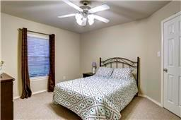 1131 Street 24th Houston Texas 77008 for only  $292000 with 2 baths / 2 bedrooms - Townhouse/Condo