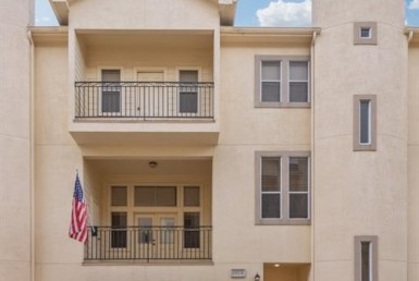 1333 Street 21st Houston Texas 77008 for only  $325000.00 with 3.10 baths / 3 bedrooms - Townhouse/Condo
