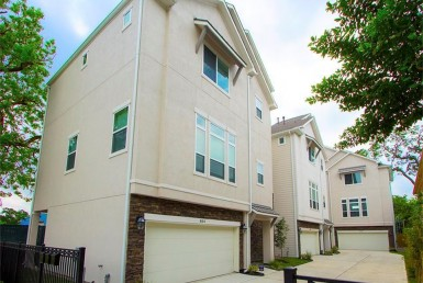 834  W 25th Houston Texas 77008 for only  $459000.00 with 3.10 baths / 3 bedrooms - Single-Family