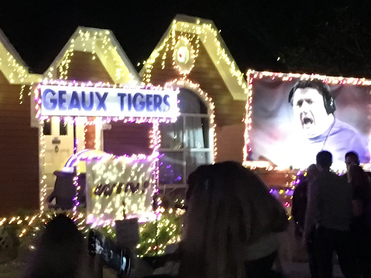 Houston Heights Lights Home Shouts Victory!
