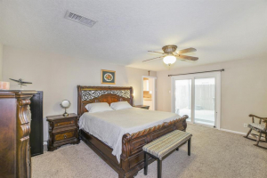 Houston Heights home for sale with garage apartment
